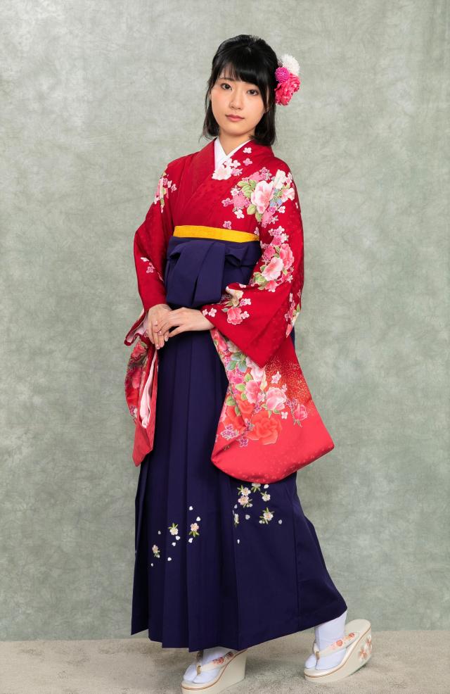 芦屋出張着付け袴のレンタル 赤バラ