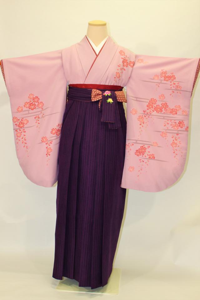 出張着付け西宮の1 うす小豆地に桜の二尺袖着物