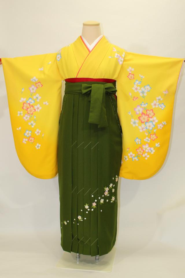 芦屋出張着付けの2 黄色地に桜の二尺袖着物