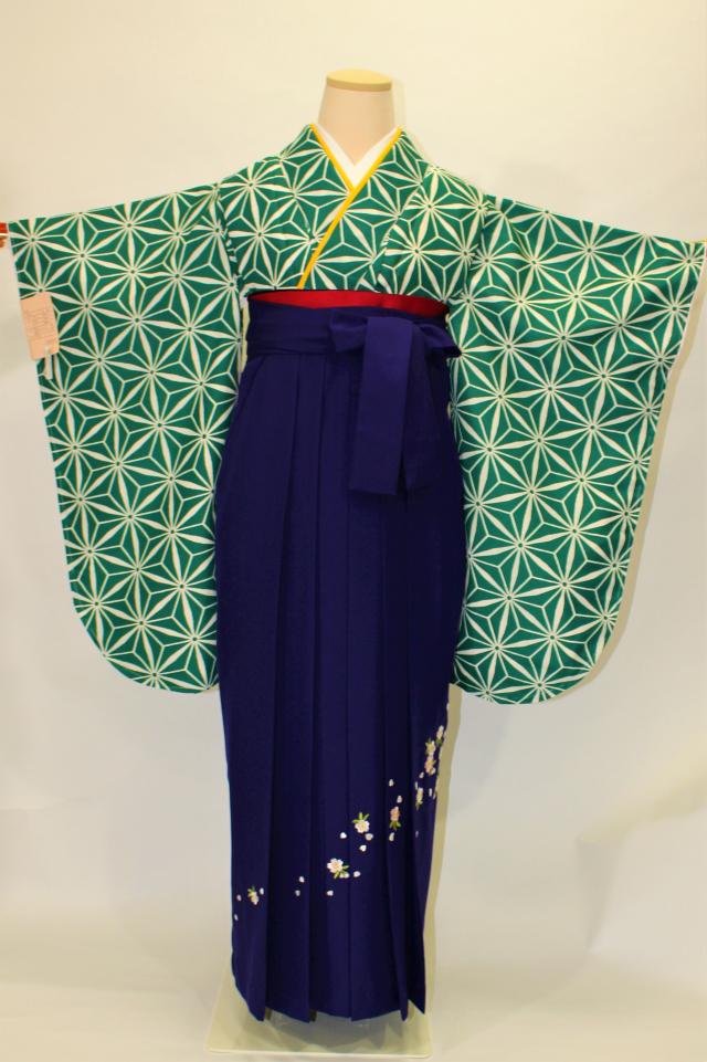 西宮出張着付けの2 緑地に麻の葉の二尺袖着物