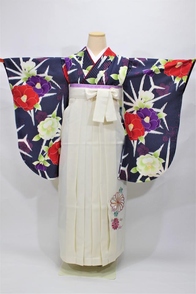 西宮出張着付け 紺地ストライプに椿の二尺袖着物