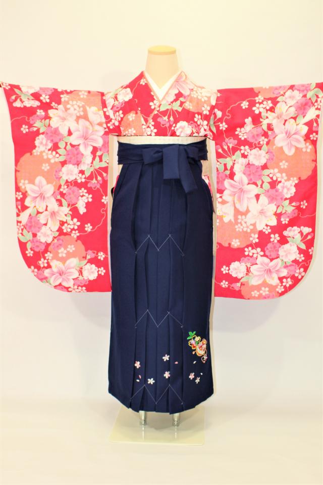 出張着付け西宮の1 濃いピンクにゆりの二尺袖着物