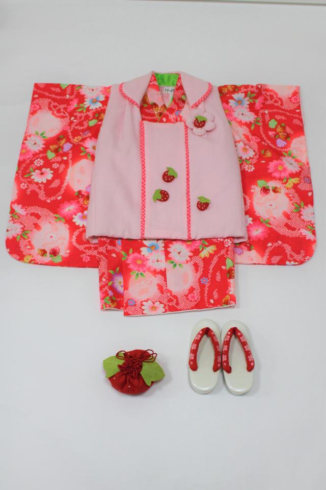 出張着付け西宮の着物レンタル ピンクにいちごの被布