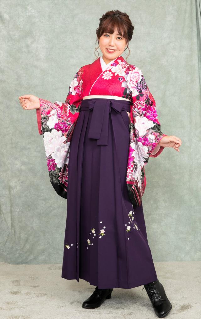 出張着付け西宮袴のレンタル 赤牡丹柄